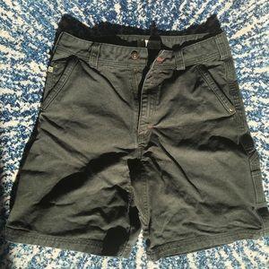 Cabela's Green Khaki Cargo Shorts Size 34